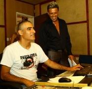 צ`ולי זכאי וקובי פרץ באולפן ההקלטות